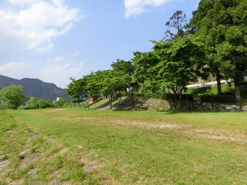 用瀬カヌー水辺公園キャンプ場の全景