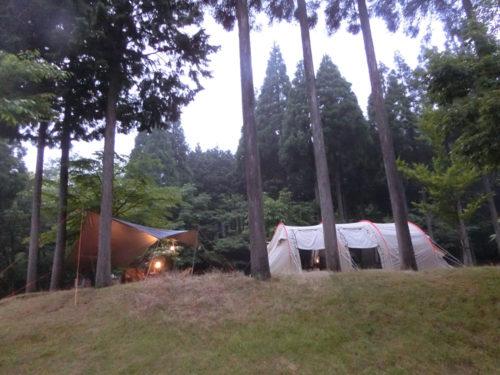 雨キャンプでのタープの張り方を図解で解説します-タープ3種