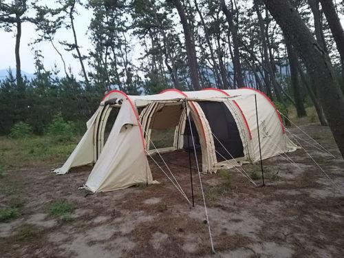 カマボコテント2でソロキャンプ中!